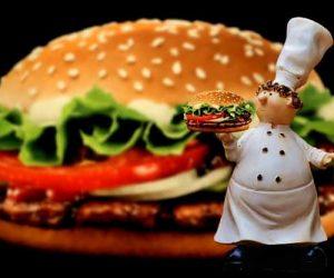 דוכן המבורגר לאירועים יאמי